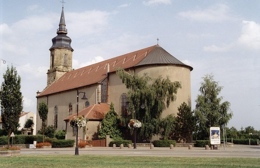 Eglise Commune Folschviller Casas - Moselle