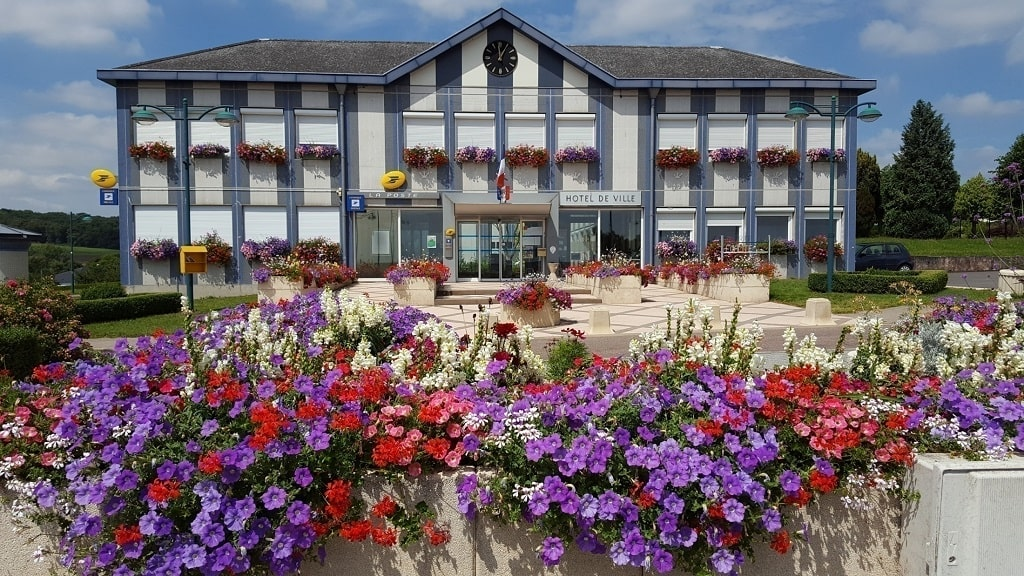 Mairie Commune Folschviller Casas - Moselle